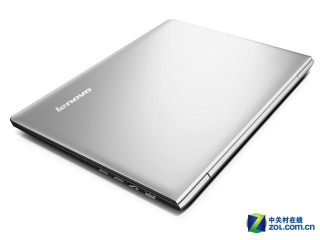 联想S41-70-i5是一款时尚轻薄的影音本,非常适合学生用户,搭载了最新的i5处理器和新NVIDIA GeForce 920M独立显卡,日常影音轻松无压力。近日,该机在联想官方网上商城售价5399元,精英大侠特惠价4199元。 产品特点: 时尚的银色机身设计 配备全新一代处理器和显卡