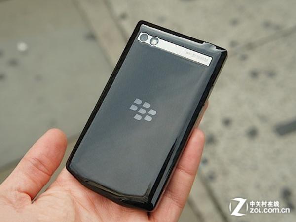 全键盘旗舰手机 黑莓P9983商家报低价